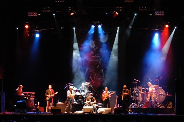 Live band image